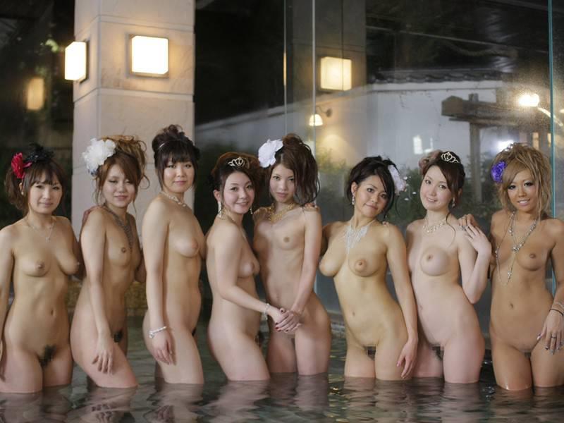 皆んなで仲良く集まってお風呂!