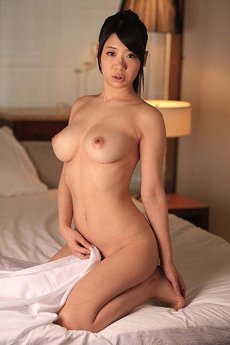 スタイル抜群のお姉さんの全裸!