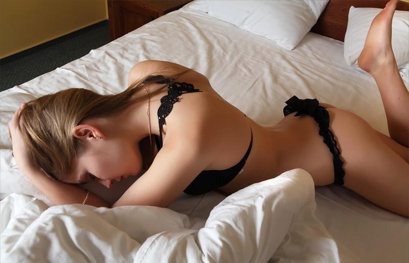綺麗な海外美女のセクシーランジェリー!
