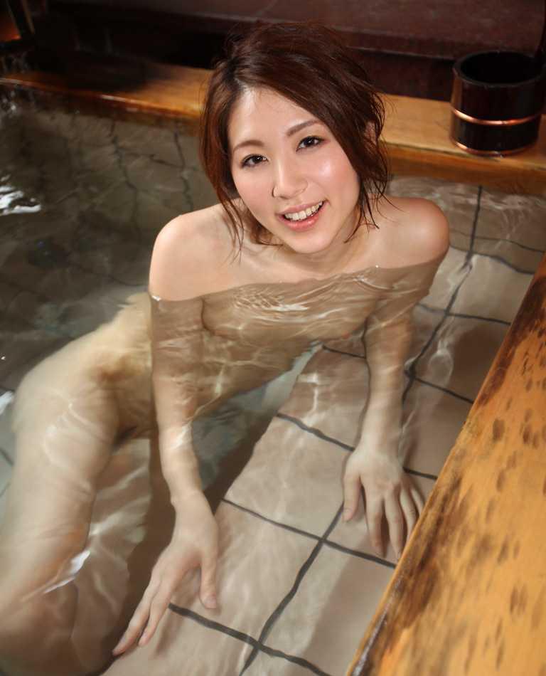 美女との温泉入りたいな!