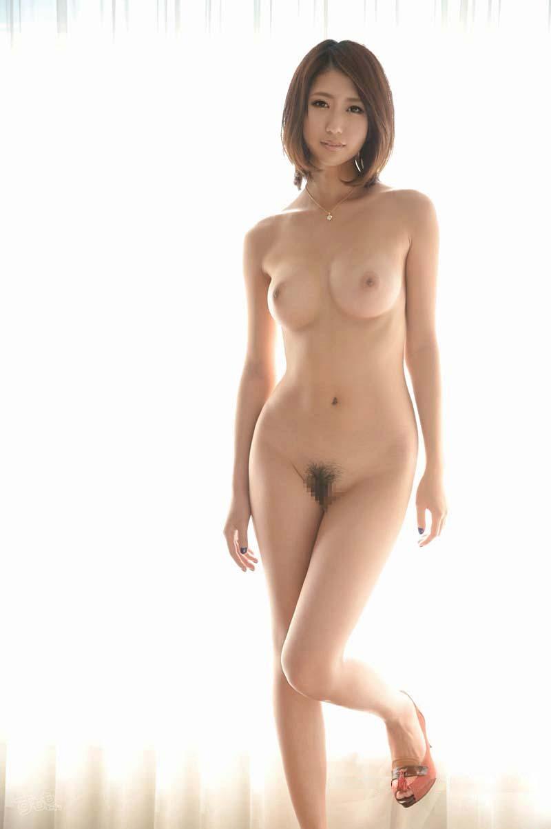 美女の素っ裸!