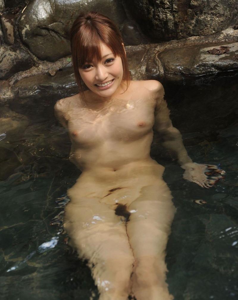 明日花キララさんの入浴シーン!